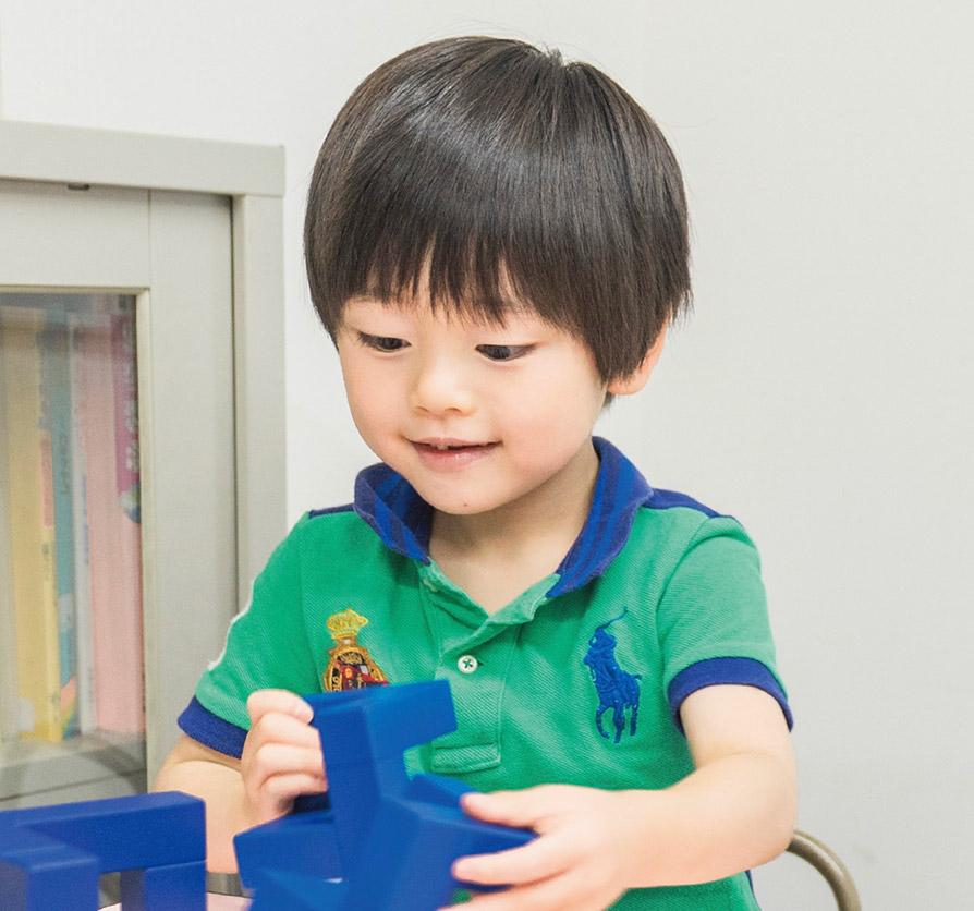 柴山義塾 幼児の個別指導 写真